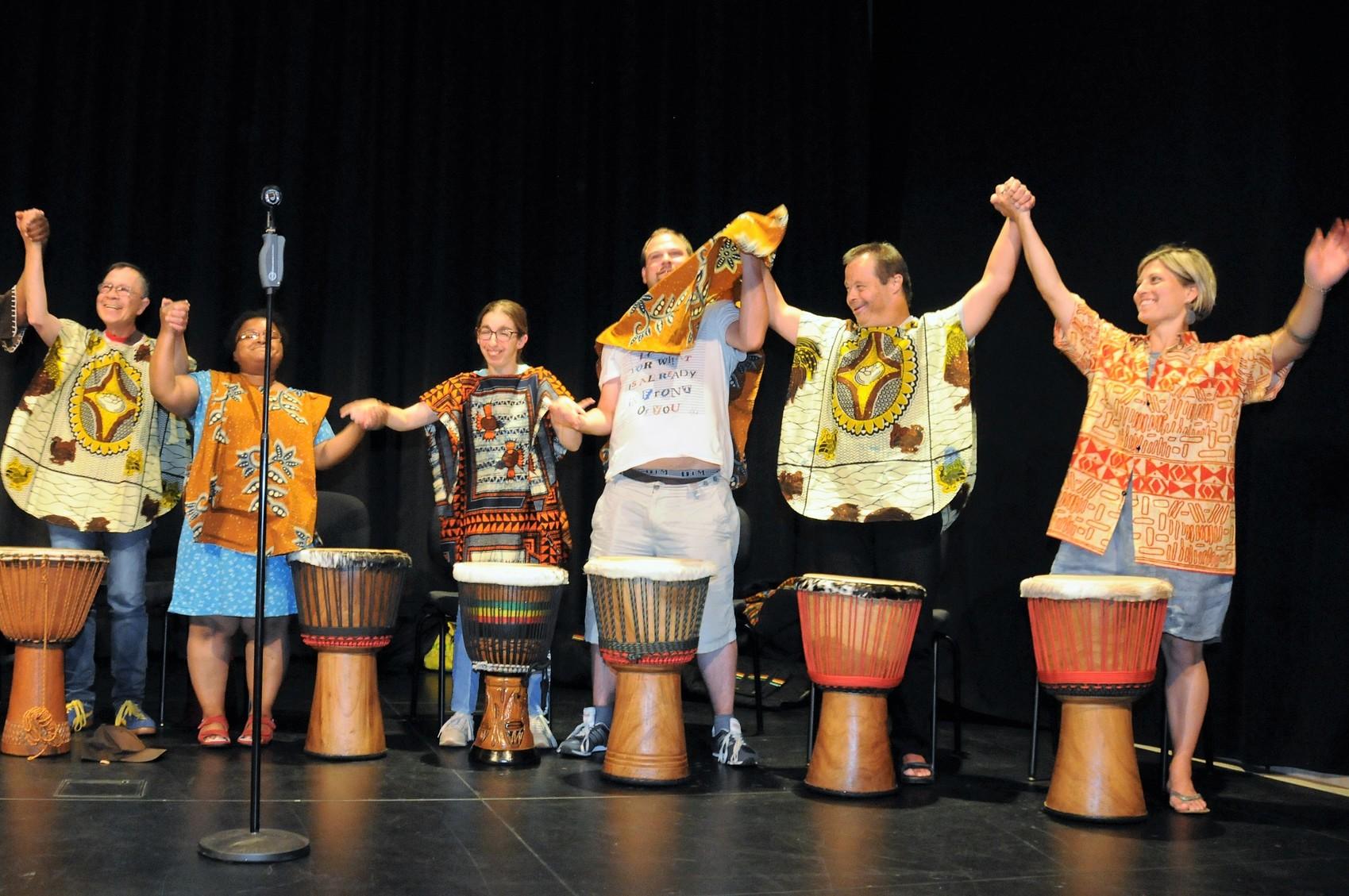 Les percussionnistes du Day Center ont assuré l'encadrement musical