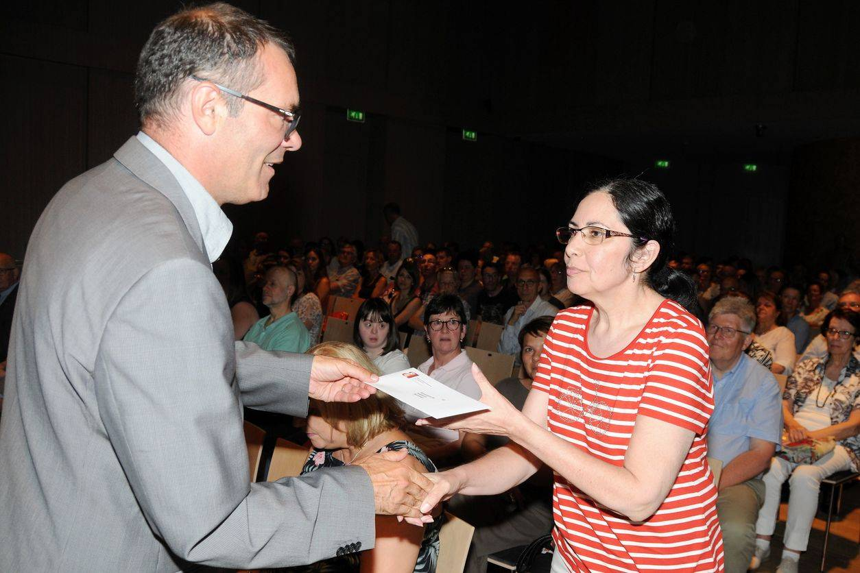 Georges Weis pour sa dernière remise de chèques en tant que président d'AEHGD